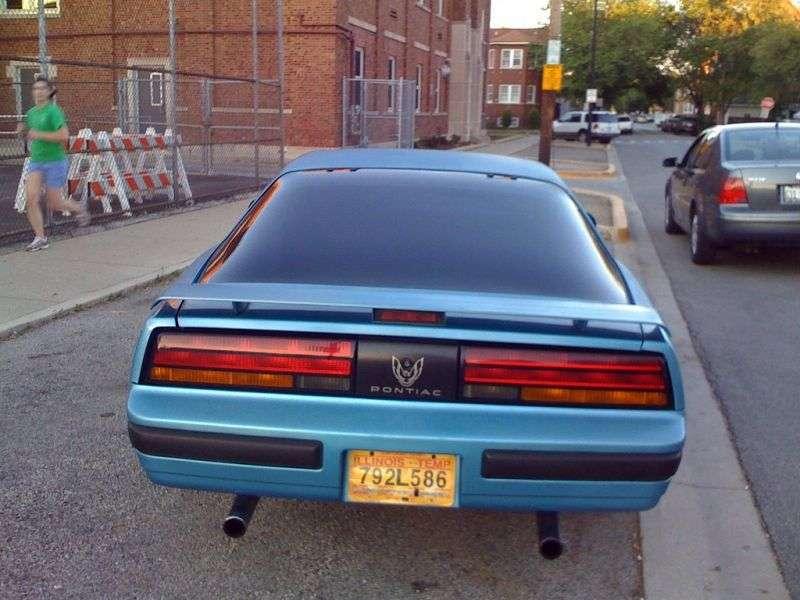 Pontiac Firebird 3rd generation [restyling] coupe 2 bit. 2.8 AT (1985–1989)