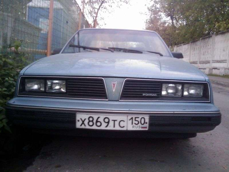Pontiac 6000 1. generacja [restyling] sedan 2.5 AT (1985 1986)