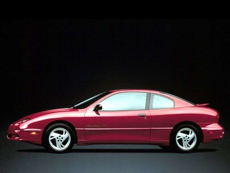 Pontiac Sunfire 1st generation [restyling] coupe 2.4 AT (2000–2002)