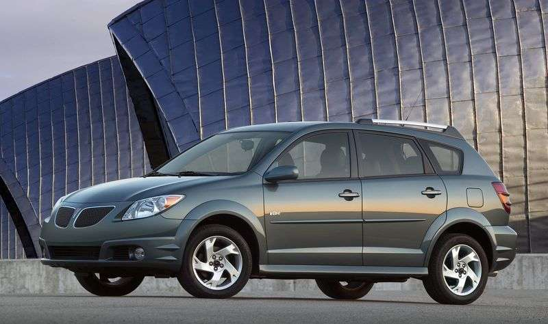 Pontiac Vibe 1st generation [restyling] hatchback 1.8 AT AWD (2005–2008)