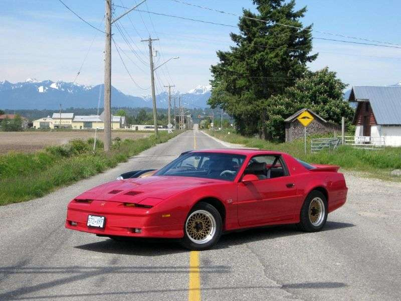 Pontiac Firebird 3rd generation [restyling] Trans Am Coupe 5.7 MT (1987–1990)