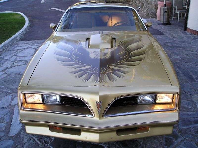 Pontiac Firebird 2nd generation [3rd restyling] Trans Am Gold Special Edition T Roof targa 2 bit. 6.6 AT (1978 1978)