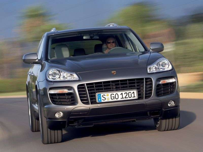 Porsche Cayenne 957Turbo / Turbo S / GTS 5 drzwiowy crossover 4,8 MT GTS (2007 2010)