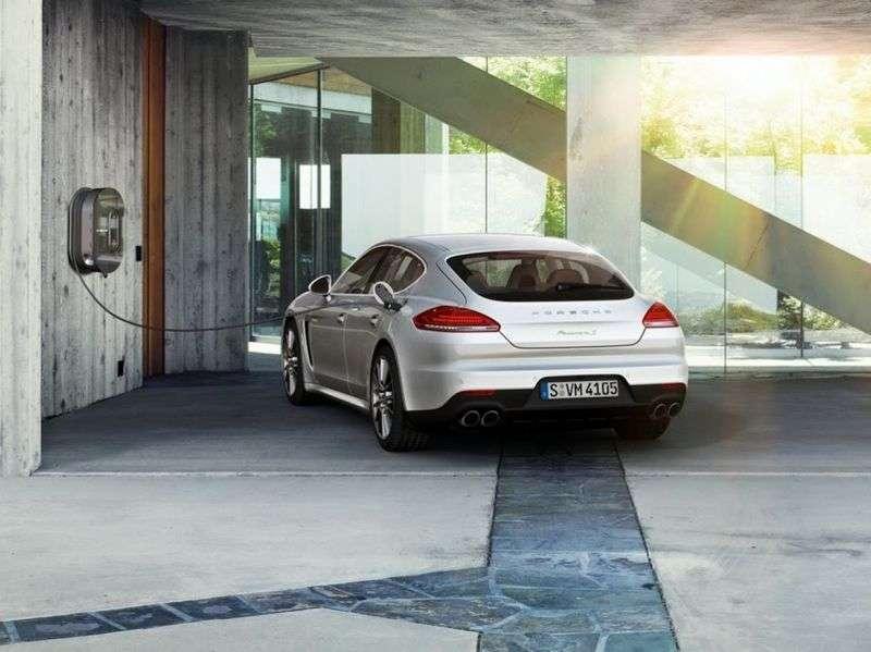 Porsche Panamera E2B [restyling] liftback 4S Executive 3.0 PDK AWD Basic (2013 – current century)
