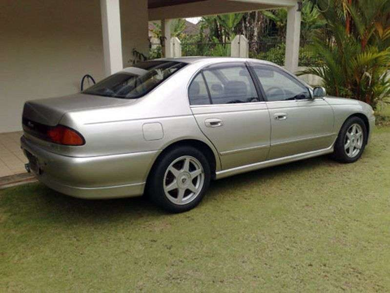 Proton Perdana 1st generation 2.0 MT sedan (1996 – n. In.)