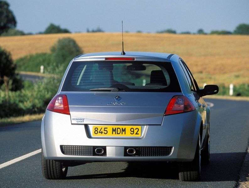 Renault Megane 2nd generation RS hatchback 5 dv. 2.0 T MT (2004–2006)
