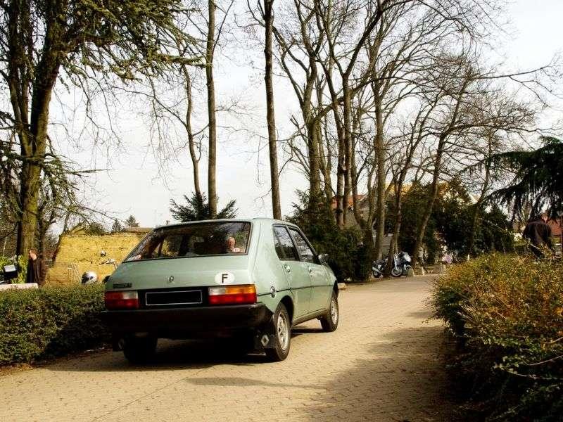 Renault 14 1st generation hatchback 1.4 MT (1976–1979)