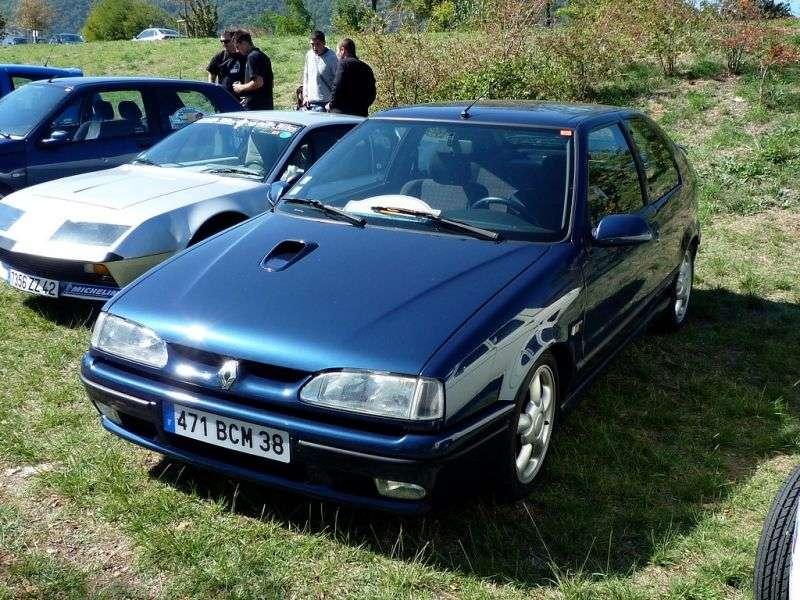 Renault 19 2 generation hatchback 3 dv. 1.9 dT MT (1992–1994)