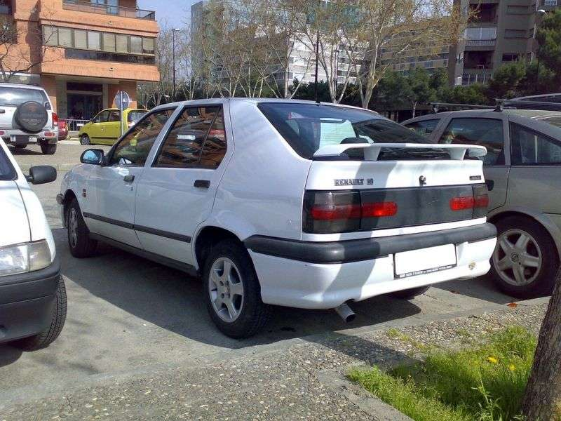 Renault 19 2 generation hatchback 5 dv. 1.8i MT (1992–1995)