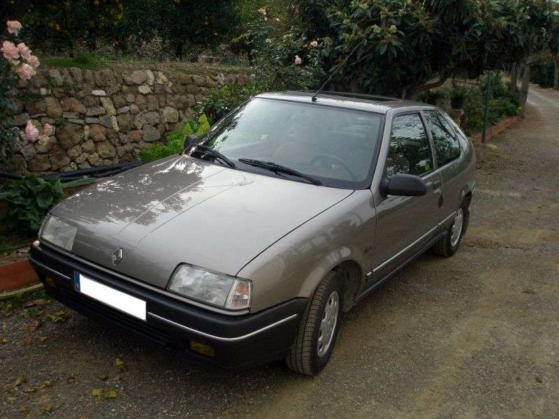 Renault 19 1st generation hatchback 1.4 AT (1989–1990)