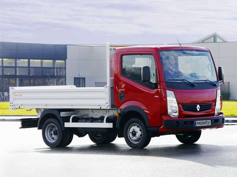 Renault Maxity 1st generation board 2 bit. 2.5 DXi MT SWB (2007 – present)