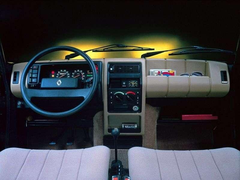 Renault 5 1st generation hatchback 5 dv. 0.8 MT (1982–1984)