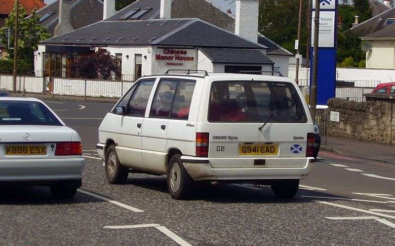 Renault Espace 1st generation [restyled] minivan 2.0 MT (1988–1991)