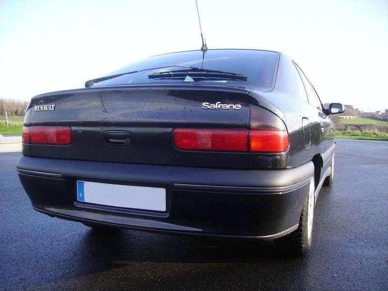 Renault Safrane 1st generation [restyling] 5 dv hatchback 2.5 AT (1996–2000)