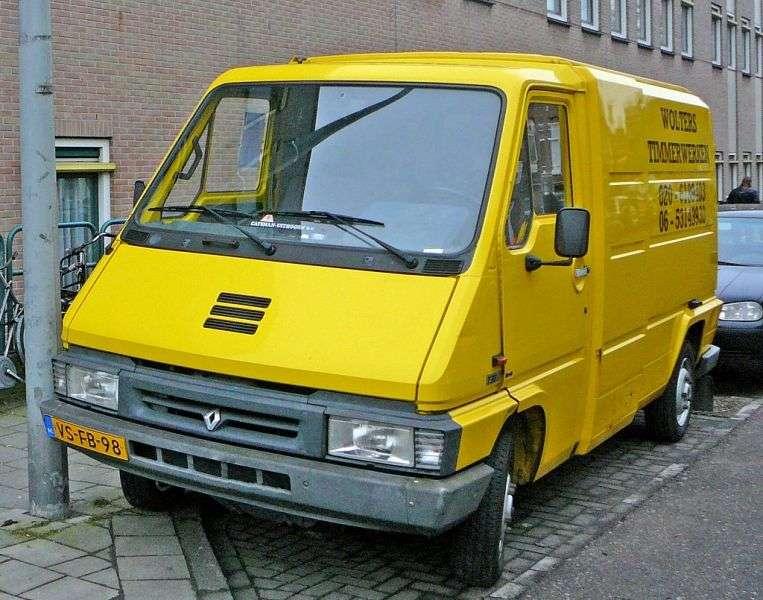 Renault Master 1st generation [restyling] 2.5 TD TD L3H2 MT (1994–1997)