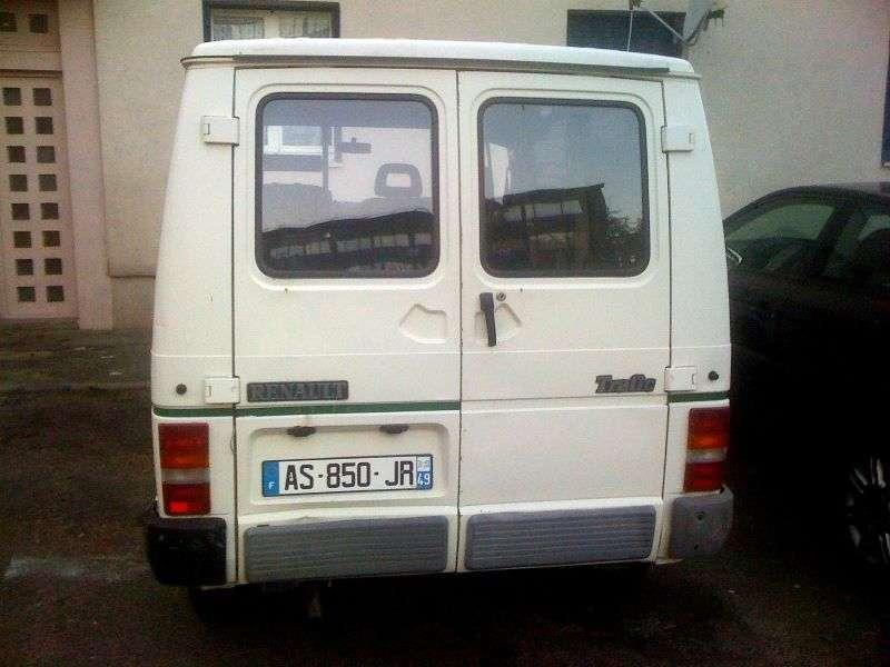 Renault Trafic 1st generation van 1.6 L1H1 MT (1981–1986)
