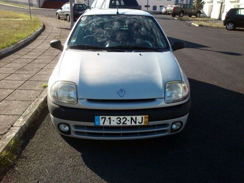 Renault Clio 2 generation hatchback 5 dv. 1.4 AT (1999–2001)