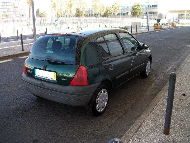Renault Clio 2 generation hatchback 5 dv. 1.4 AT (1998–2000)