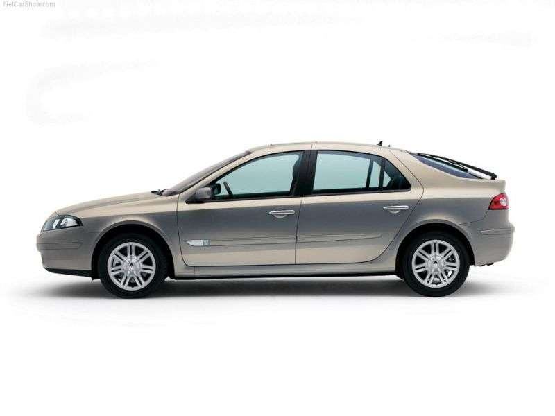 Renault Laguna 2nd generation [restyled] hatchback 2.2 DCi AT (2005–2007)