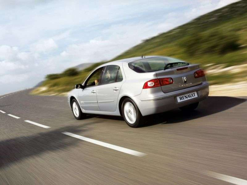 Renault Laguna 2nd generation [restyled] hatchback 2.0 DCi MT (2006–2007)
