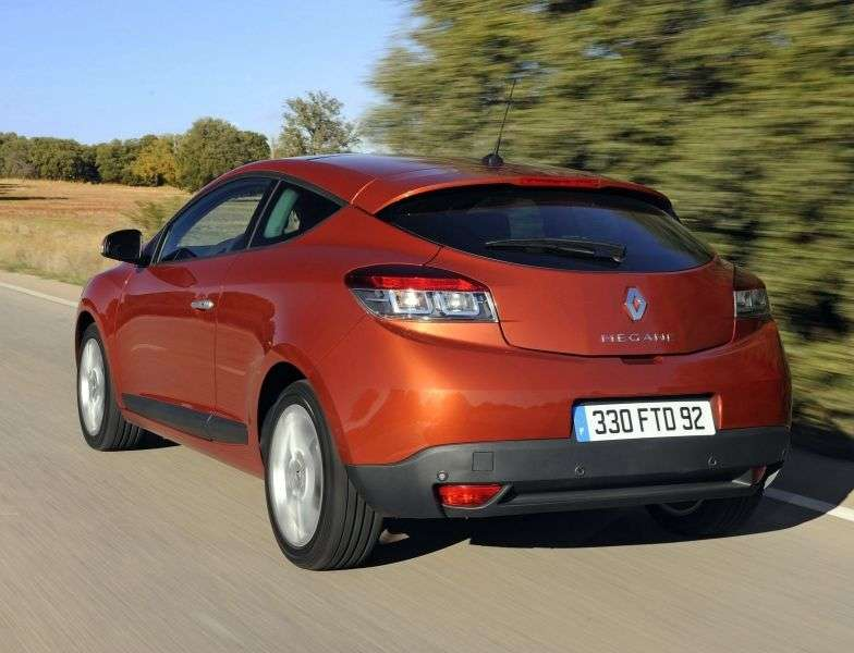 Renault Megane 3rd generation [restyling] 3 bit hatchback 1.6 MT Dynamique (2012 – n. In.)