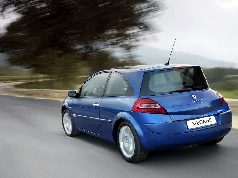 Renault Megane 2nd generation [restyling] 3 bit hatchback 1.5 dCi MT (2006–2008)