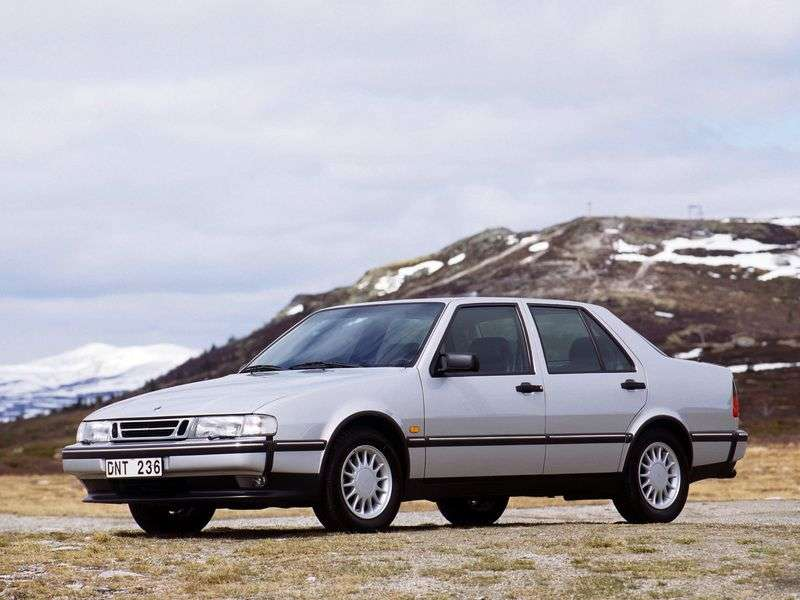Saab 9000 2nd generation 2.0 Turbo MT sedan (1993–1998)