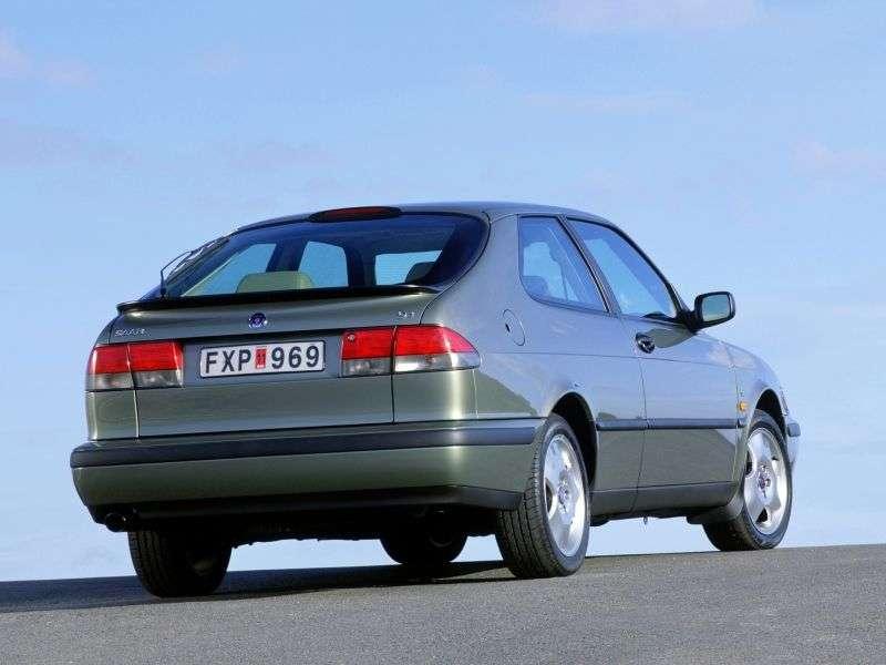 Saab 09.mar 1st generation coupe 2.0 AT (1998–2002)