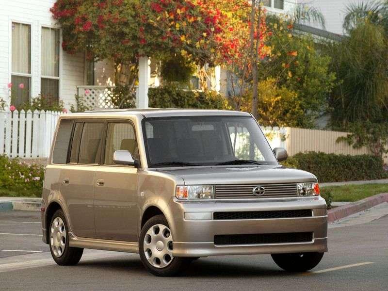 Scion xB minivan pierwszej generacji 1.3 AT (2003 2008)