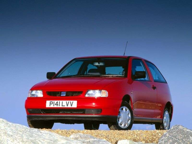 SEAT Ibiza 2nd generation hatchback 3 dv. 2.0 MT (1993–1996)