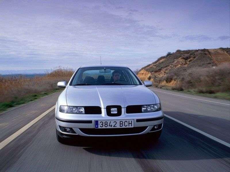 SEAT Toledo 2nd generation sedan 1.8 AT (1999–2006)