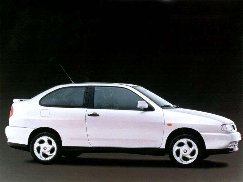 SEAT Cordoba 1st generation Coupe 2.0 MT (1997–1999)