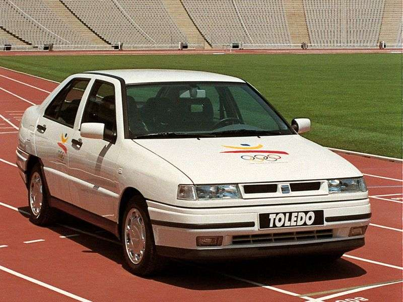 SEAT Toledo 1st generation 1.8 MT sedan (1993–1996)