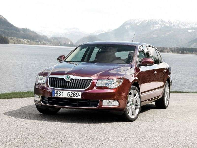 Skoda Superb 2nd generation liftback 1.4 TSI MT Green tec (2013–2013)