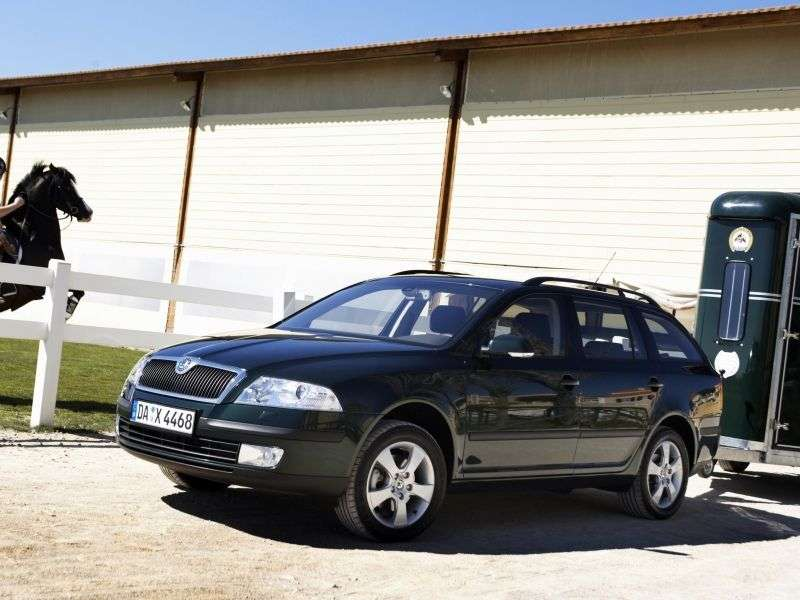 Skoda Octavia 2 generation wagon 5 bit. 2.0 TDI MT 4x4 (2004–2008)