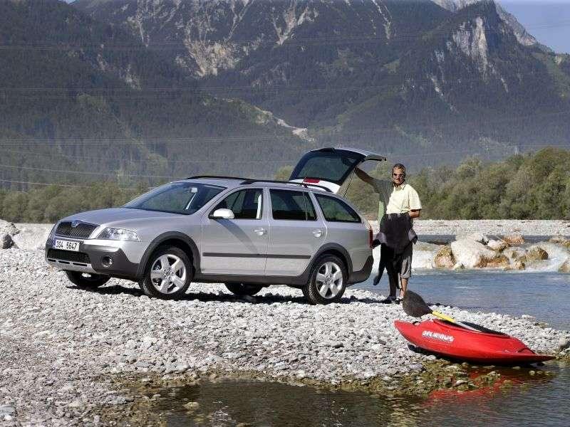 Skoda Octavia 2nd generation Scout wagon 5 bit. 2.0 FSI MT 4x4 (2006–2009)