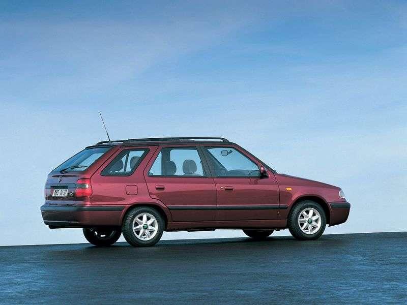 Skoda Felicia 1st generation wagon 1.3 MT (1995–1998)