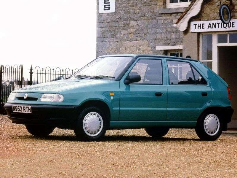 Skoda Felicia 1st generation hatchback 1.9D MT (1995–1998)