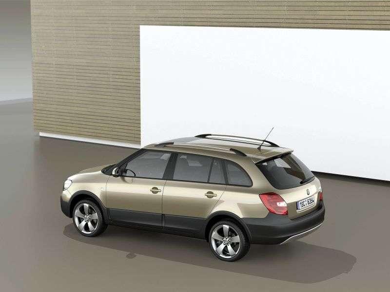 Skoda Fabia 5J [restyling] Scout hatchback 5 dv. 1.2 TSI DSG Basic (2010 – present)