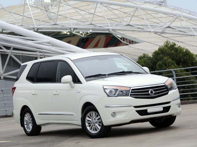 SsangYong Stavic 1st generation [2nd restyling] minivan 3.2 T tronic 4WD Luxury (2013 – n.)