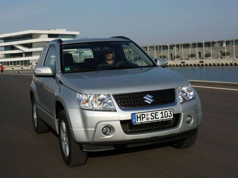 Suzuki Grand Vitara 2nd generation 3 bit crossover. 2.4 AT AWD JX E (2011) (2005–2012)