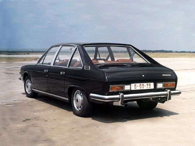 Tatra T613 1st generation 3.5 MT sedan (1978–1998)