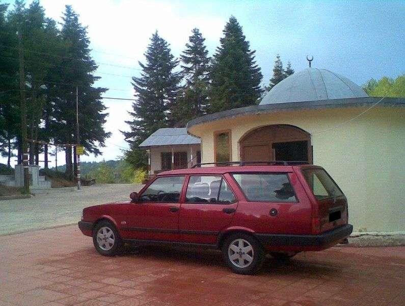 Tofas Kartal 1st generation 1.6 MT wagon (1995–2001)