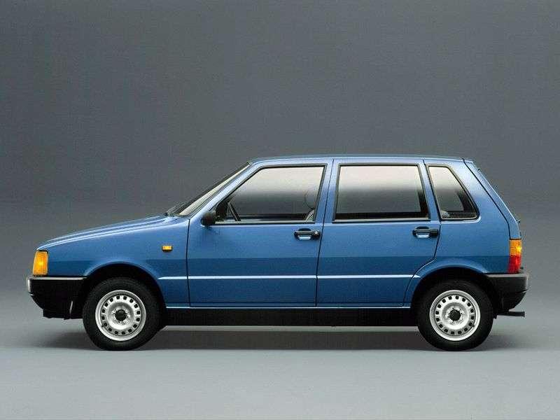 Tofas UNO 1st generation 1.4 MT hatchback (1997–2002)