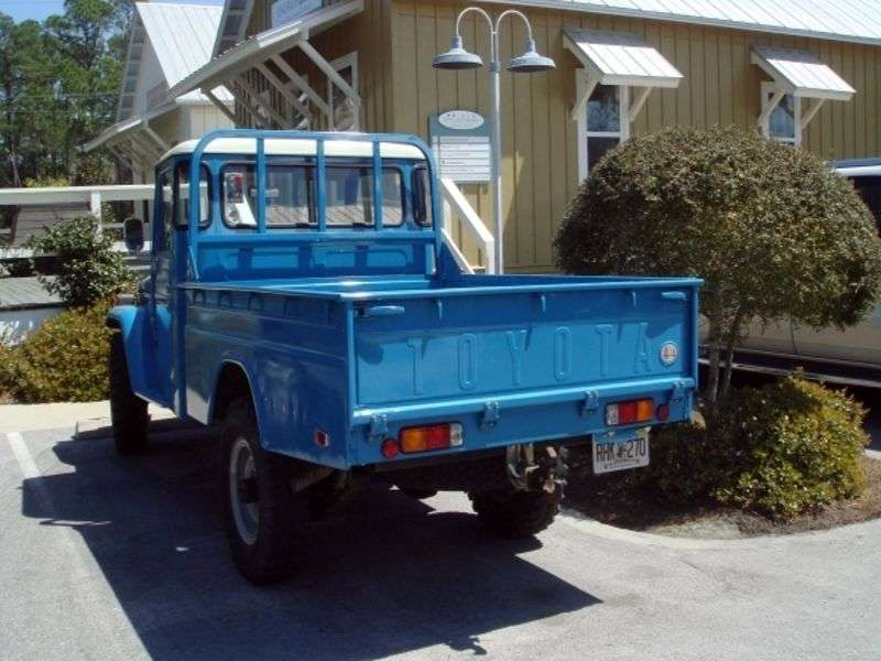 Toyota Land Cruiser J40 / J50FJ45P Pickup 3.9 MT AWD (1960 1974)