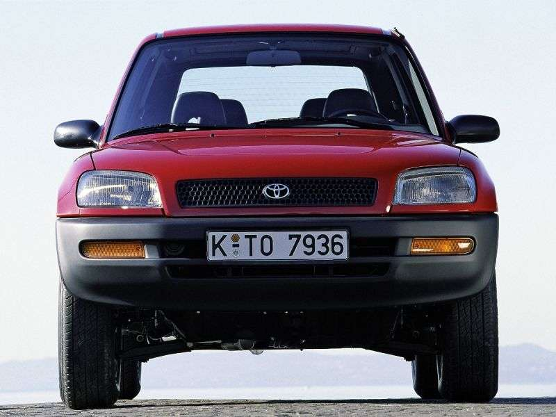 Toyota RAV4 1st generation 3 bit crossover. 2.0 AT AWD (1994–1998)