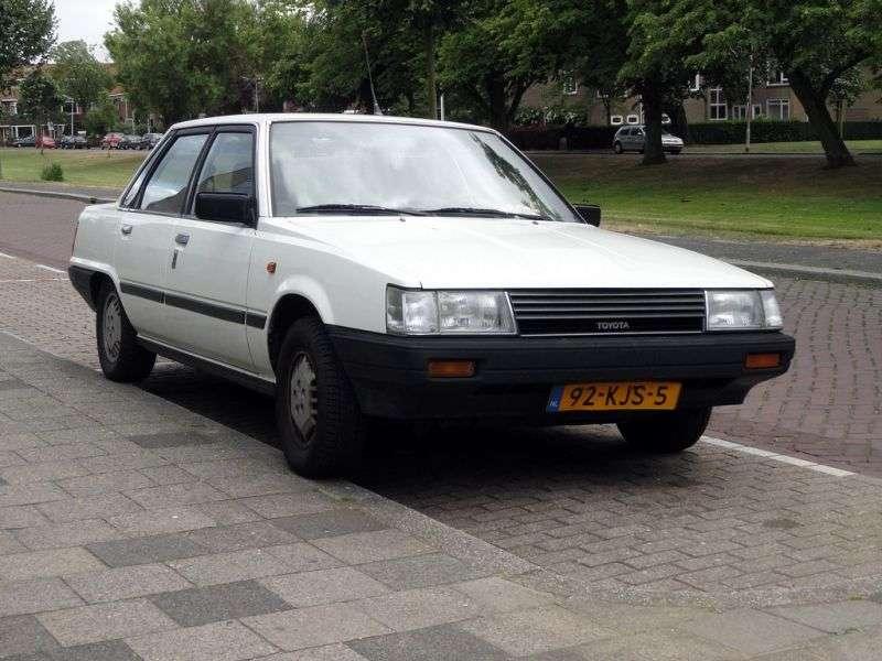 Toyota Camry V10 [restyling] sedan 2.0 DT AT (1985–1986)