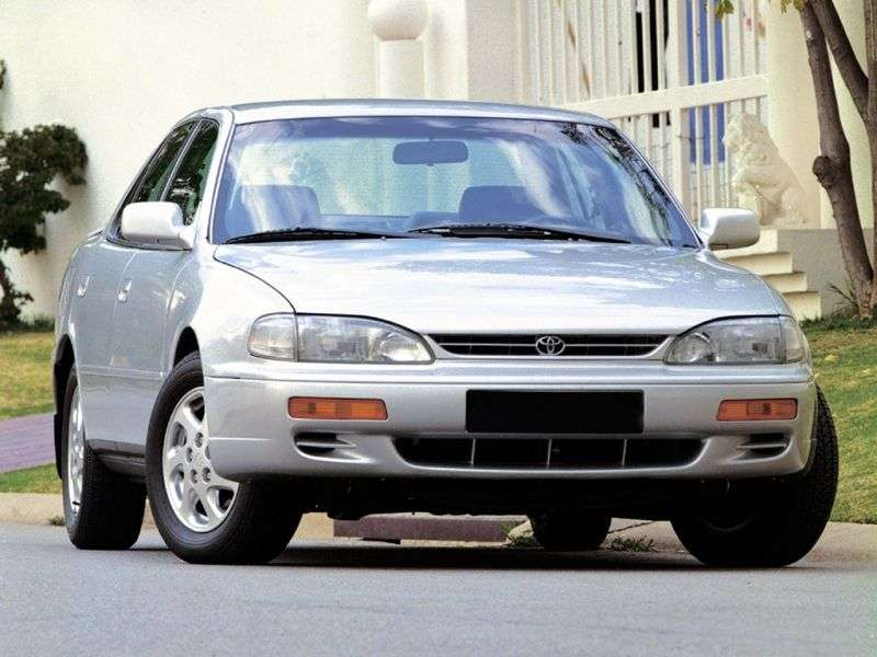 Toyota Camry XV10 [restyling] 3.0 AT Overdrive sedan (1994–1996)