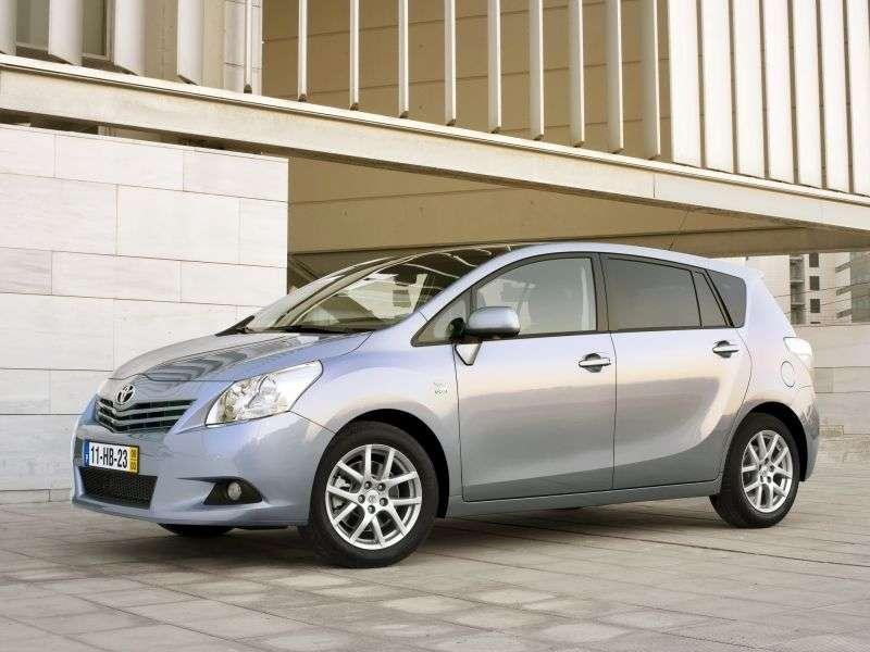 Toyota Verso 1st generation minivan 1.8 CVT Prestige (2009–2013)