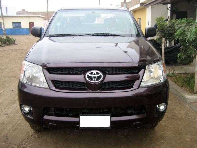 Toyota Hilux 7 generation pickup 4 bit. 2.5 TD AT AWD (2005–2008)